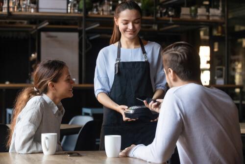 レストランの会計時に役立つ英語フレーズ